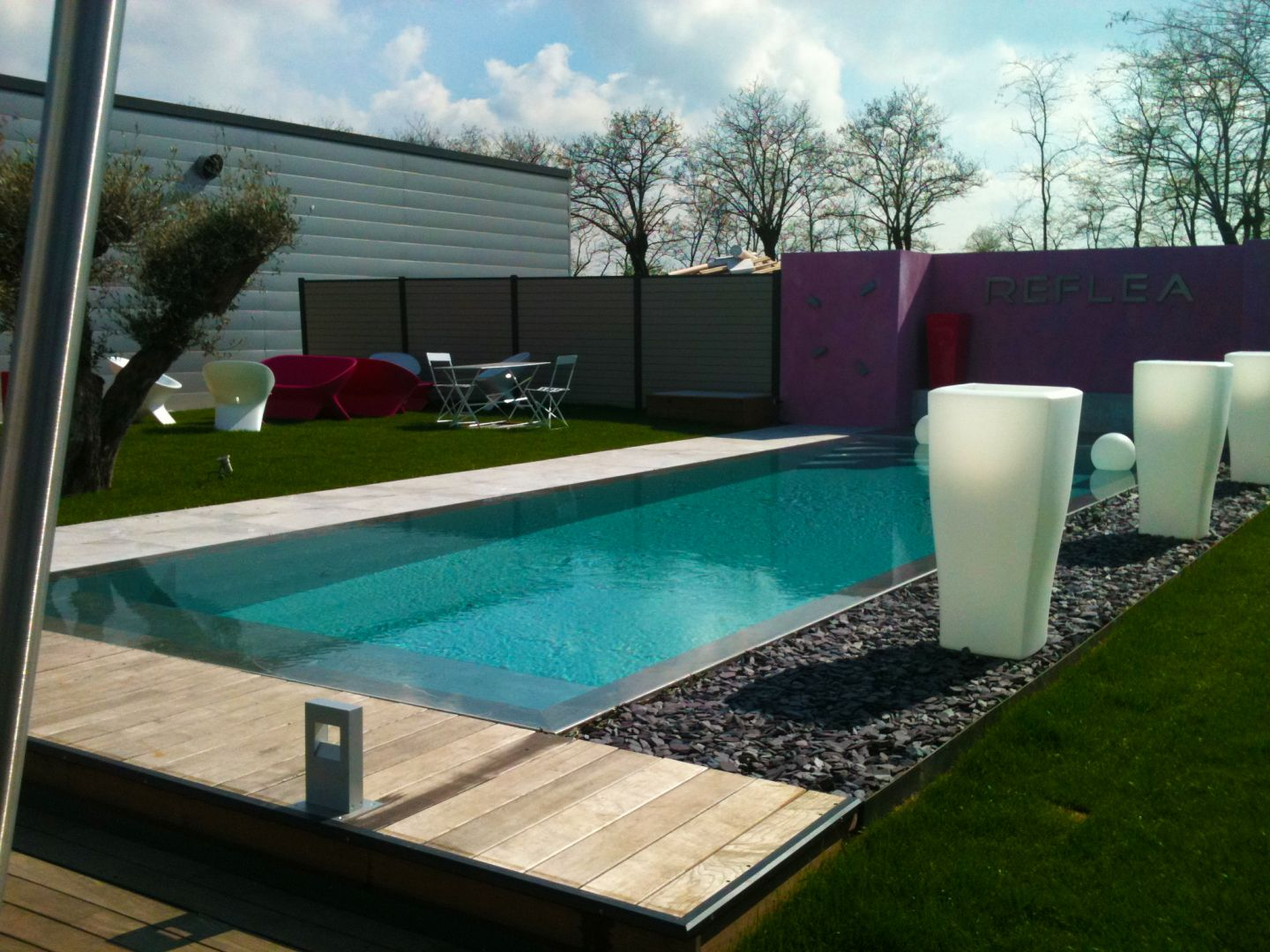 Contactez nous lpw ceramic pools for Piscine reflea